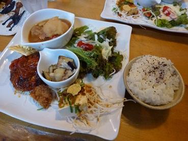 lunch121022.jpg