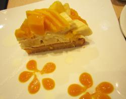 マンゴーのケーキ10.08.31