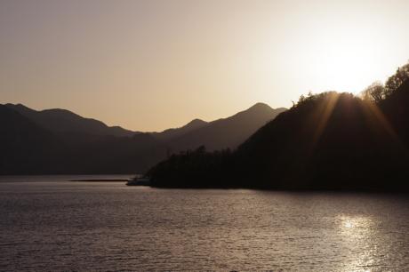 中禅寺湖の夕日