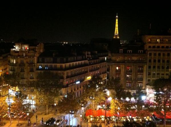 パリの夜景parふみおさん