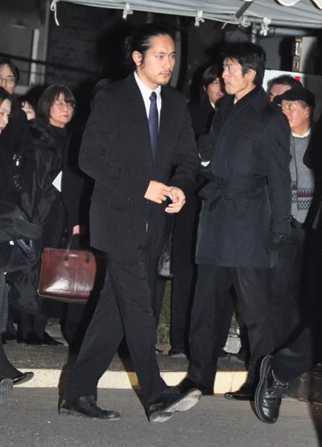 森田監督通夜2011-12-23