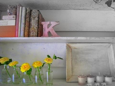 子ども部屋 黄色いバラ
