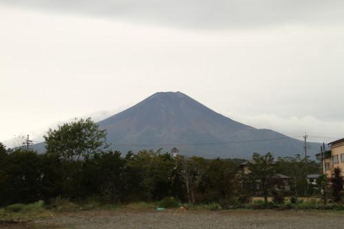 お蕎麦屋さんから見える富士山