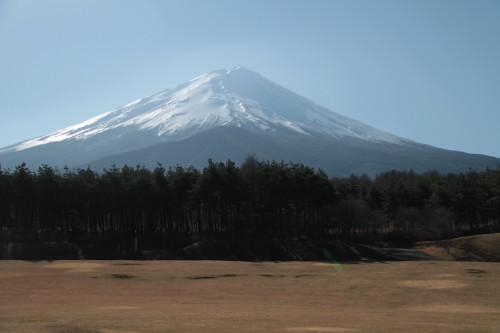 富士山の見える原っぱから見える富士山