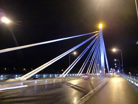 ロウソク橋