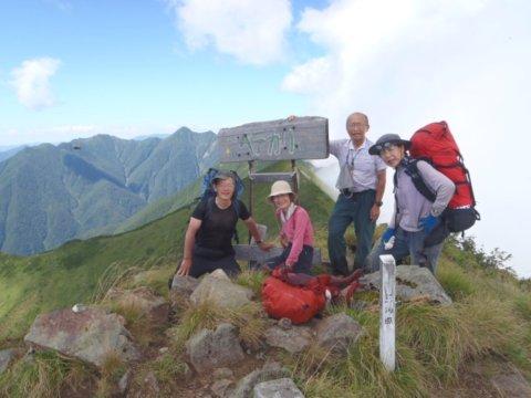 09ペテガリ岳の山頂