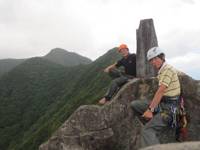 10 獅子岩 山頂にて_R