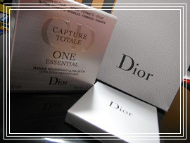Dior。
