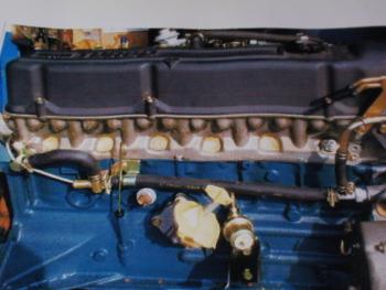 S130Zエンジン写真