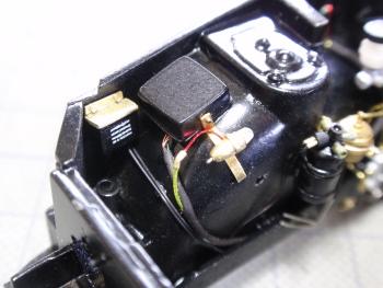 リレーBOXヘッドライトセンサー接着