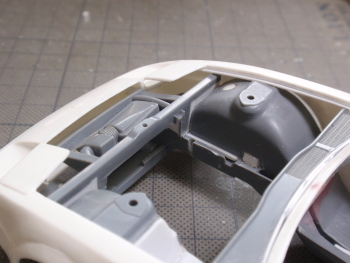 ラジエターサポート修正