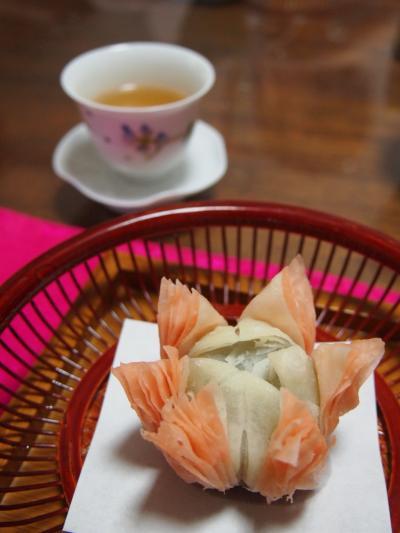 蓮の花揚げ菓子(コナハウス)