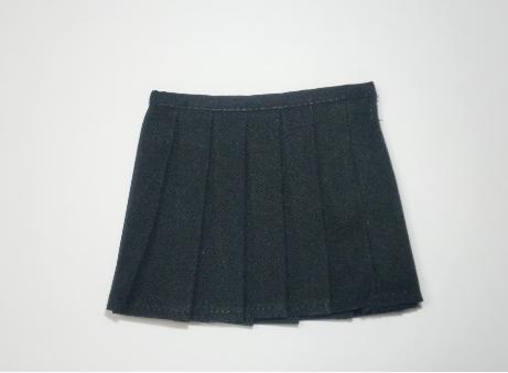 黒スカート2