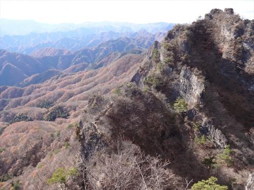 金洞山中ノ岳から西岳