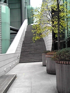 日テレの階段