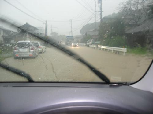 台風15号2011.9.20  国道