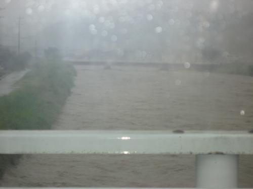 台風15号2011.9.20  某河川 風景
