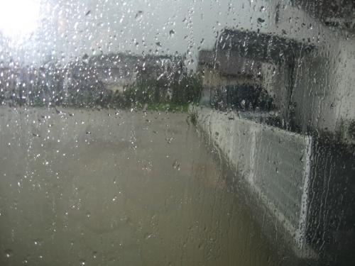 台風15号2011.9.20 水位が上がりつつある