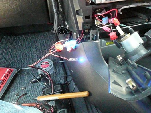CN9A 電源通電確認LED