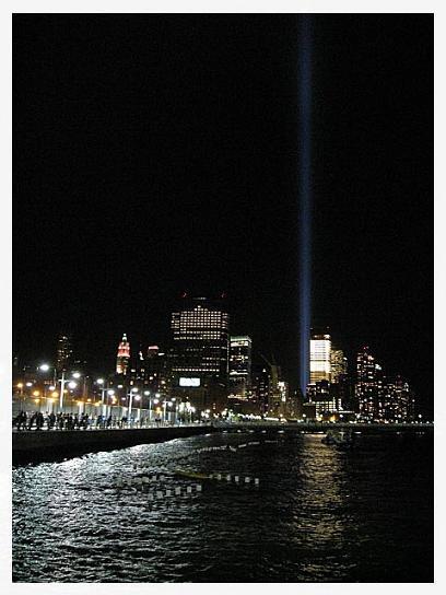 NYの灯篭流し