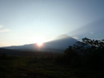 朝霧の夜明け