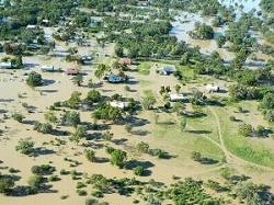 300_225_3396_nsw-floods-b-120301-aap.jpg