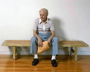 duane_hanson_man_bench.jpg