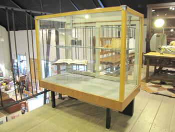 ガラス ショーケース 店舗什器 ディスプレイ パンケース