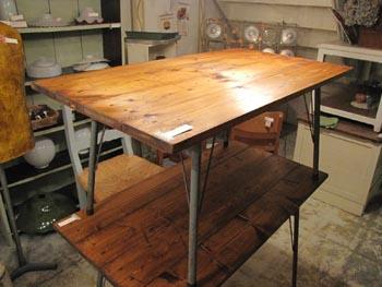 リデザイン家具 リメイク家具 スチール脚テーブル