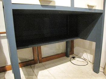 Re-design ペイント 机