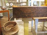 【Re-design】 クリームペイント脚×無垢材天板のテーブル
