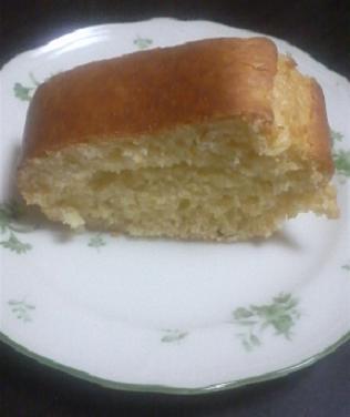 4月22日、適当に混ぜ合わせたパウンドケーキ