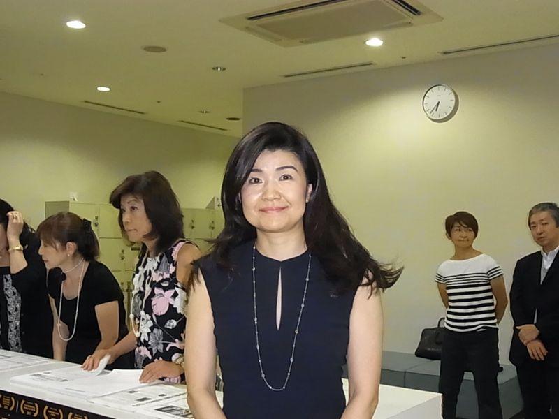 我謝さん上映会正面20120920