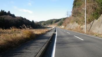 006県道139を走ります。いい天気ですね、風を除けば