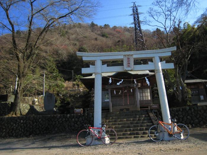 城山山麓 諏訪神社1