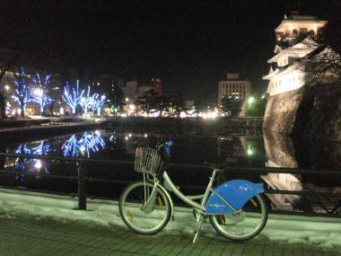 ライトアップ富山城