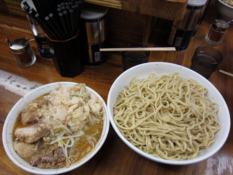 大 つけ麺 しょうが 麺増し ヤサイ少なめ アブラ