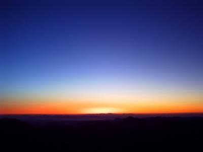 シナイ山の夜明け