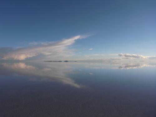 鏡のウユニ 5枚目 夕暮れ雲