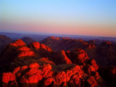 紅のシナイ山.jpg