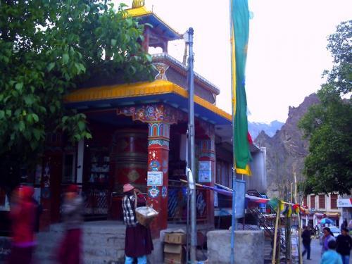 チベット寺院