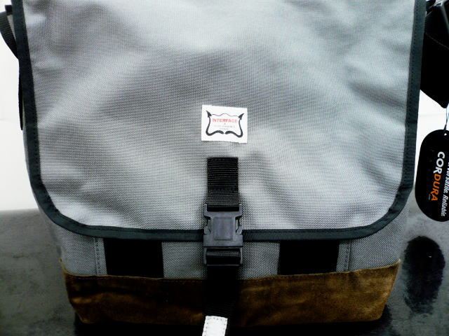 INTERFACE SHOULDER BAG