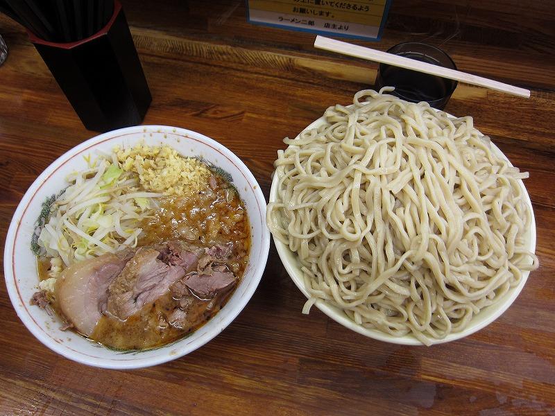 大つけ麺 しょうが アブラ少なめ 味薄め ヤサイ少なめ ニンニク少し