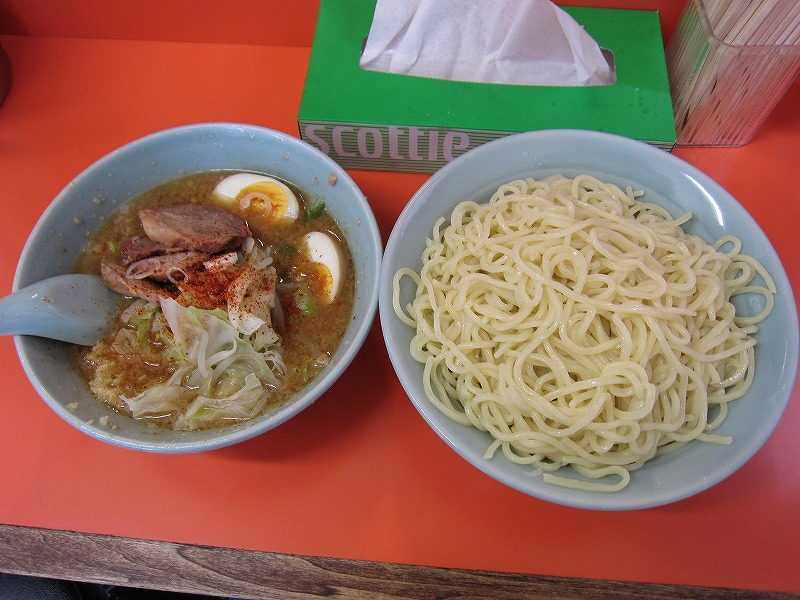 味噌つけ麺 大盛り ヤサイ ニンニク