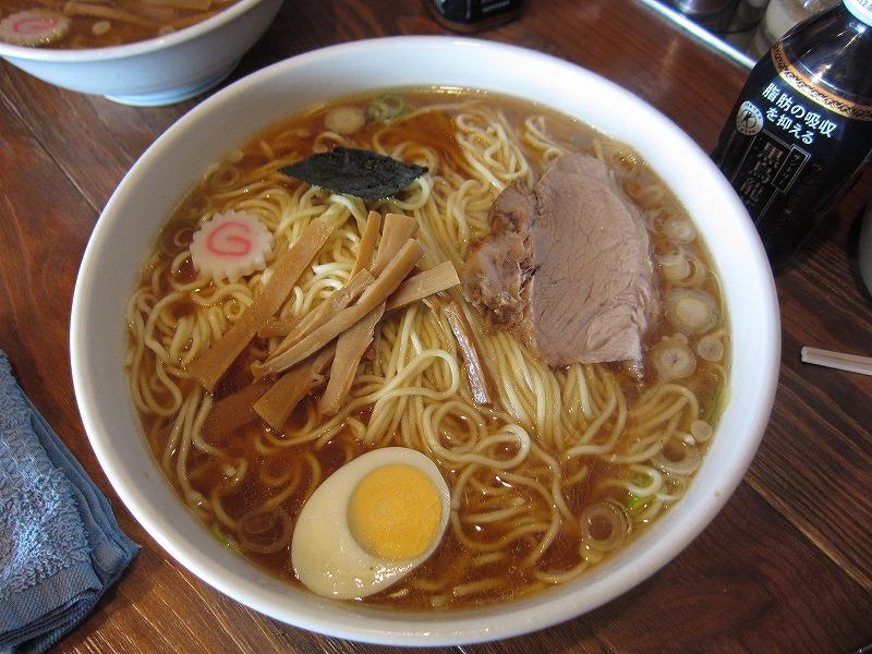 中華そば 麺カタメ 大盛り  ¥700 + ¥200