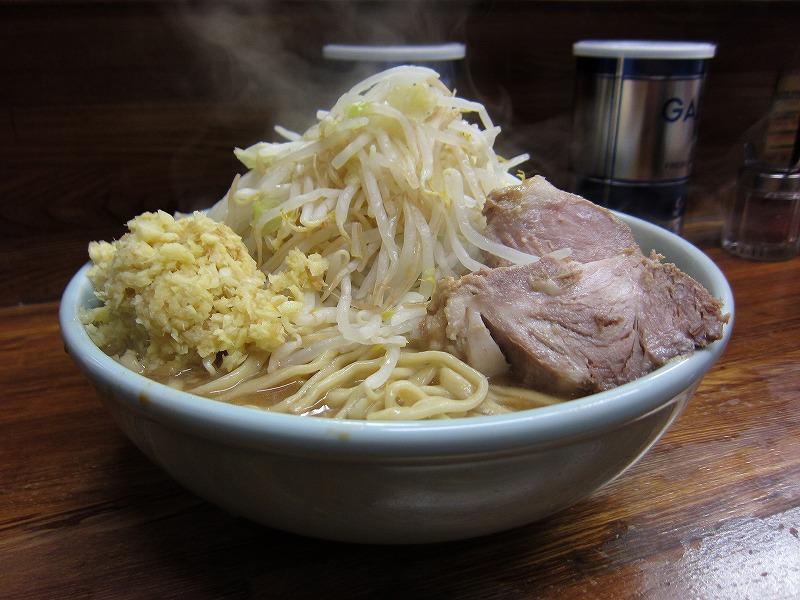 大ラーメン 麺カタメ しょうが ¥800 + ¥50