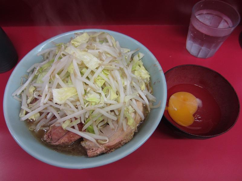 小豚 生玉子 麺カタメ ヤサイマシ