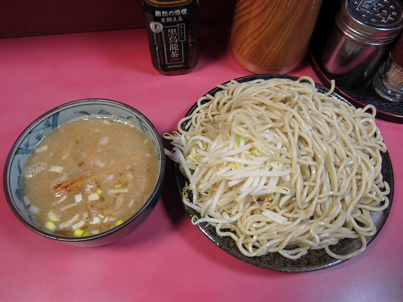 つけ麺 大盛り ヤサイマシマシ