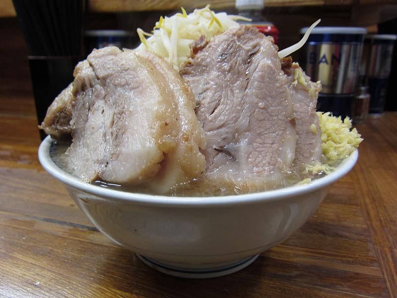 小ラーメン豚入り 麺カタメ しょうが  ¥850 +¥50