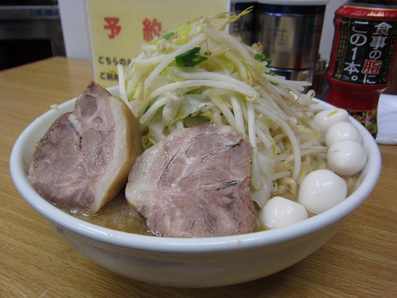 大ラーメン 麺カタメ しょうが うずら ¥800 + ¥50 +¥100